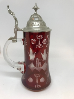 Červeně lazurovaný džbán